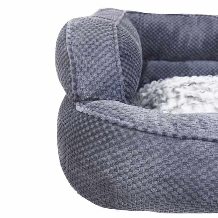 Simmons Beautyrest Colossal Rest Orthopedic Memory Foam Dog Bed bolstered